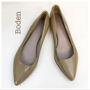 Boden Tan Leather Pointed Toe Flats Size 10